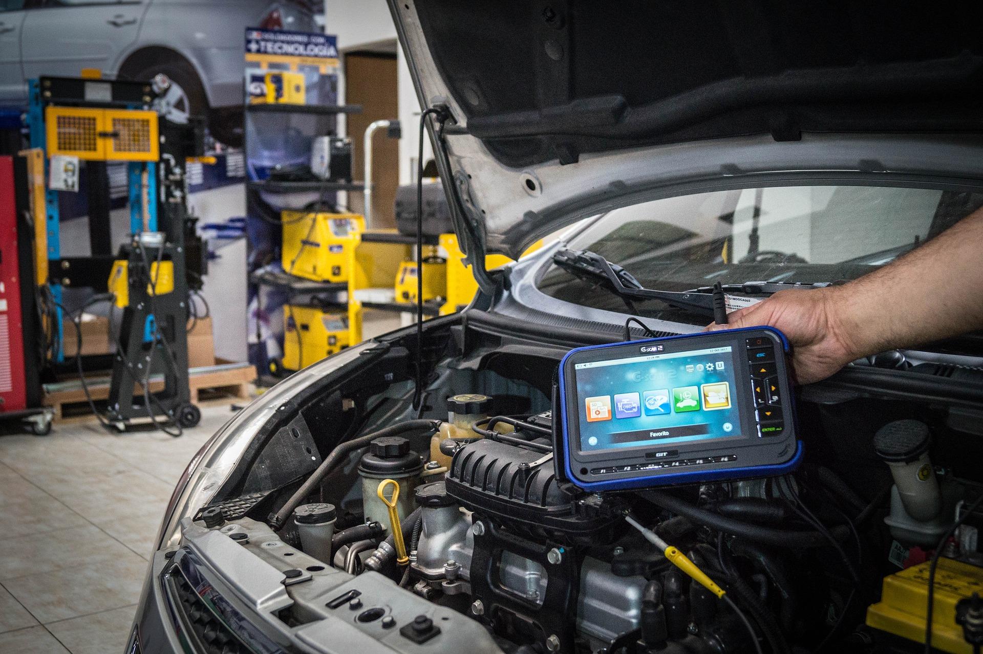 (UF1963) Prevención de riesgos y gestión medioambiental en las operaciones auxiliares de mantenimiento de equipos eléctricos y electrónicos